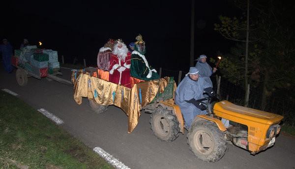 Elosura traktorean heldu dira Errege Magoak - 7