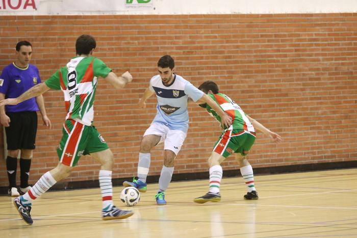 Eskoriatzak Aretxabaleta garaitu du (3-0) - 19