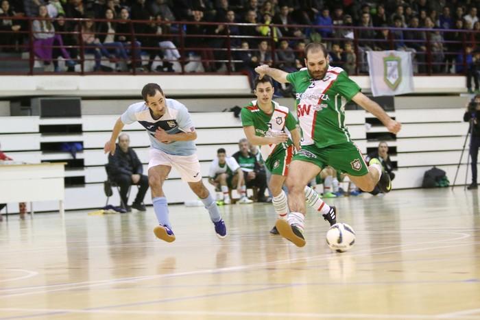 Eskoriatzak Aretxabaleta garaitu du (3-0) - 45