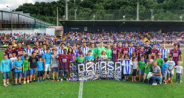 Banako berdinketa Gipuzkoako futbolaren eta ikastolen festan