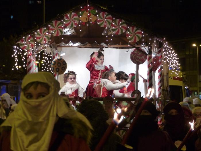 Errege Magoen desfile jendetsua Arrasaten - 33