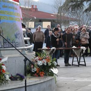 Jose Ramon Bidaburu 'Txarra'-ren omenezko hileta zibila