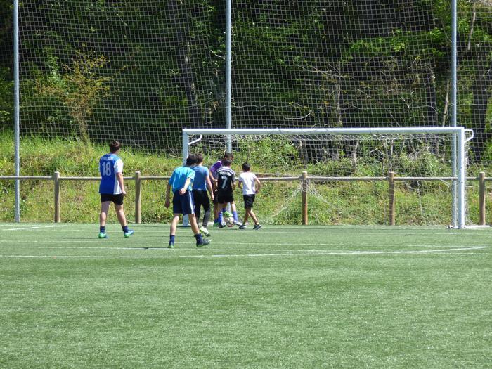 Oñatiko, Bergarako eta Arrasateko gazteak elkarrekin futbolean - 27