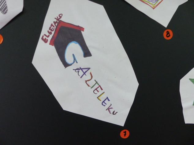 Gaztelekurako logotipo proposamenak - 8