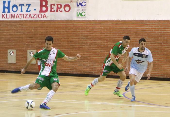 Eskoriatzak Aretxabaleta garaitu du (3-0) - 62