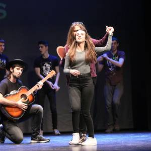 Arizmendi Awards, orotariko dantzak eta kantuak batu dituen ekitaldia