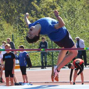 Gipuzkoako atleta gazteen erakustaldia egin dute Mojategin