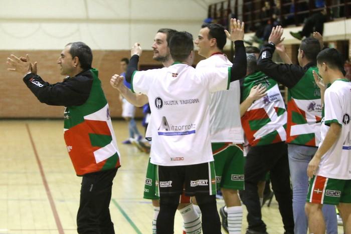 Eskoriatzak Aretxabaleta garaitu du (3-0) - 65