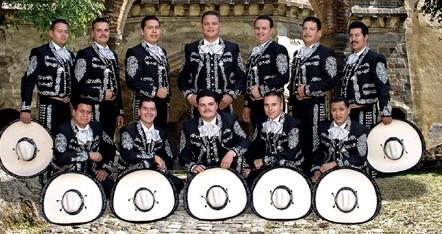 Mexikar musika, euskal giroa eta dantza egiteko mila aukera sanpedroetan