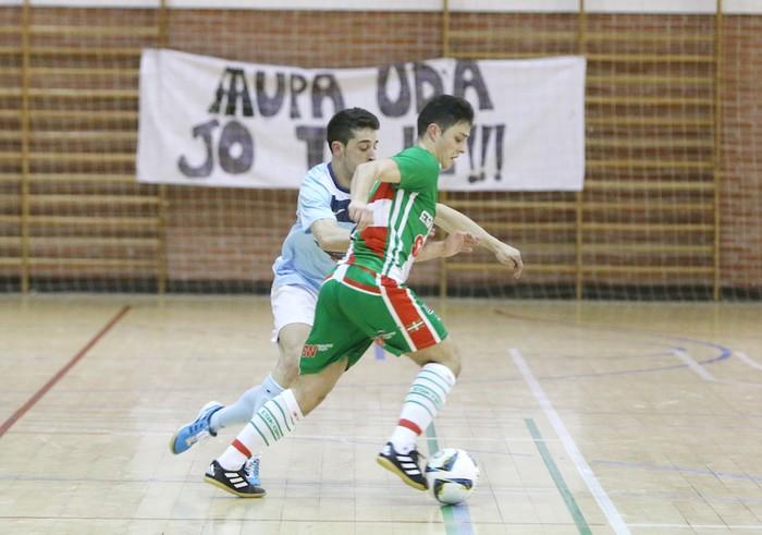 Eskoriatzak Aretxabaleta garaitu du (3-0) - 35