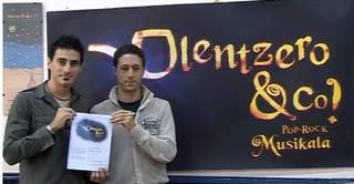 Olentzero & Co. ikuskizunerako sarrerak agortzen dabiltza