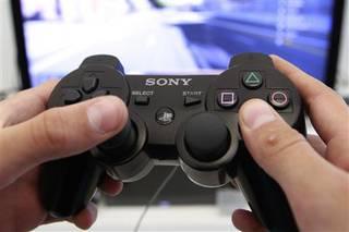 Sony eta Play Stationeko milioika erabiltzaileren datuek kolokan jarraitzen dute