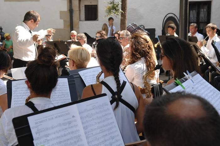 Urteari musikarekin esango dio agur Arrasate Musikalek