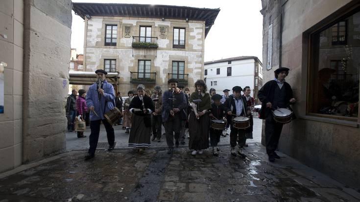 Santamasak: Jose Felix Diaz de Tuestak bidalitako argazki sorta