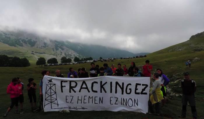 """Fracking-aren kontrako """"beste pausu bat"""", Urbian"""