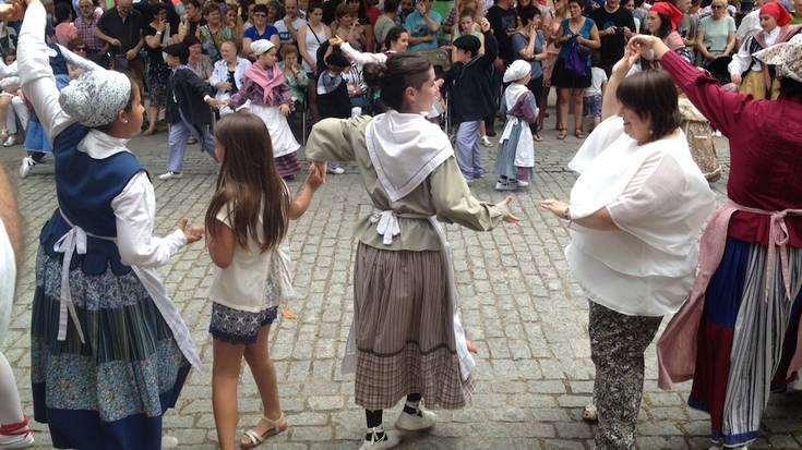 Aramaio dantzan