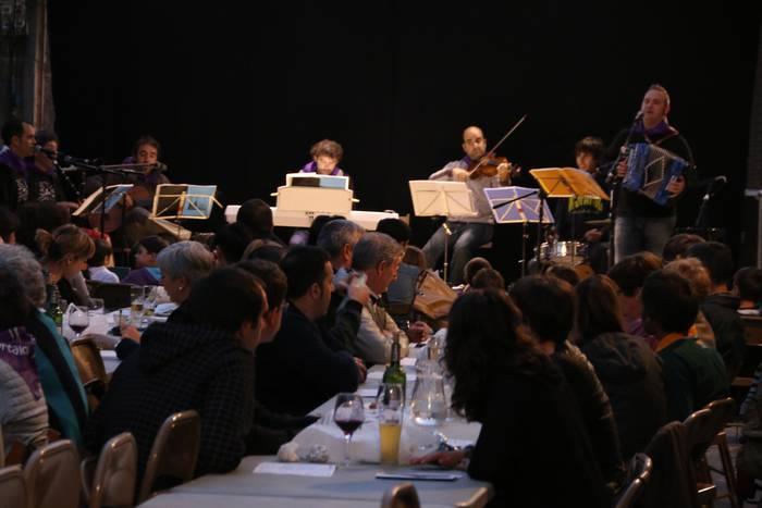 Musika eta umore giroa protagonistak Kantu Afarian