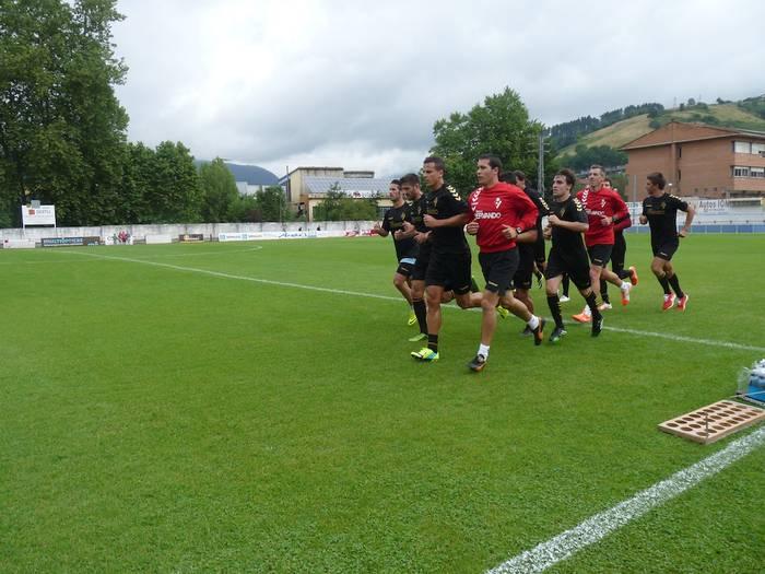 Eibar futbol taldea Arrasaten ere entrenatuko da