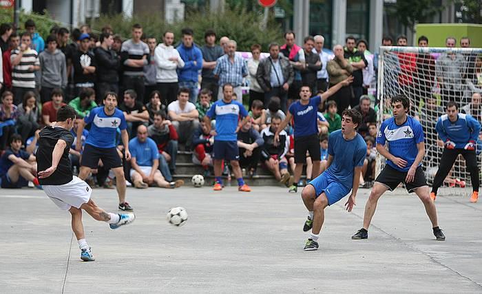 Eskoriatzako Aldatz taldeak irabazi du Zaldibarko areto futbol txapelketa