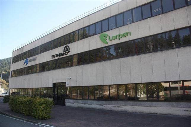 Ternua Group sortu dute Ternua, Lorpen eta Astore markek