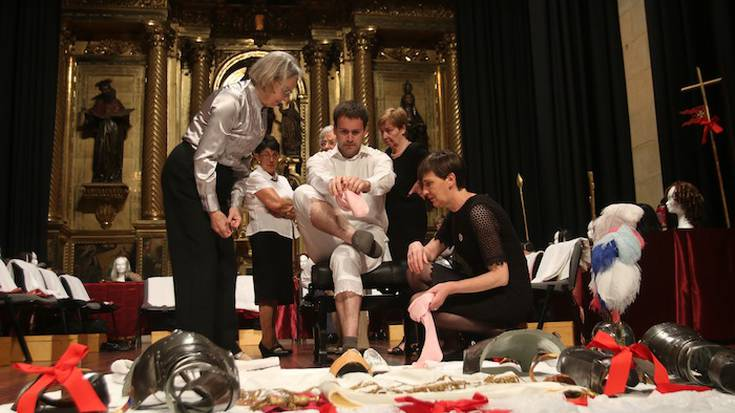 Erlijioz eta tradizioz jantzi da beste behin Oñati, Corpus Cristiko prozesioarekin