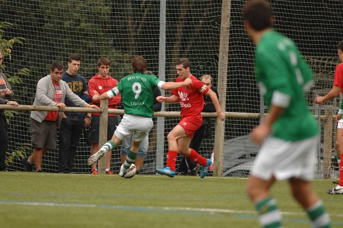 Antzuolak eta Beti Gaztek berdindu egin dute: 0-0