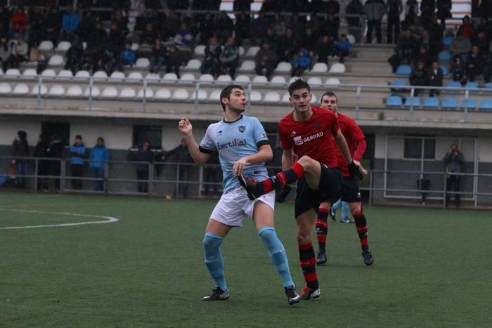 UDAk lehen minutuetan sartutako bi golei esker menderatu zuen Anaitasuna (2-0)