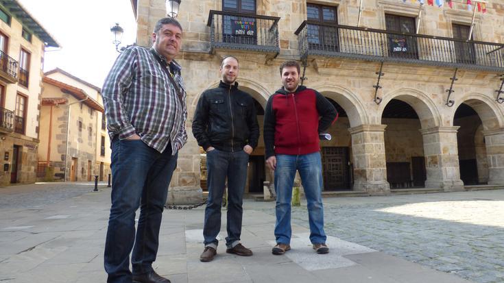 Alegia eta Mañariako alkateak Aramaion izan dira gaur biomasa proiektua ezagutzeko