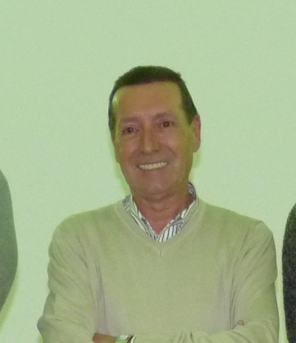 """Paco Gartzia, Arrasateko sozialisten burua: """"Militante bakoitzak egin dezala bere kanpaina; nik Idoia Mendia babestuko dut"""""""