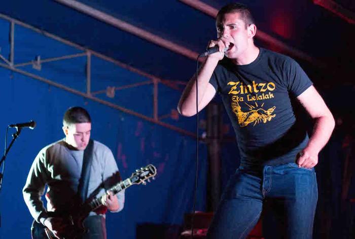Punk-Oi! estiloko musika nagusi Gatzagan - 12