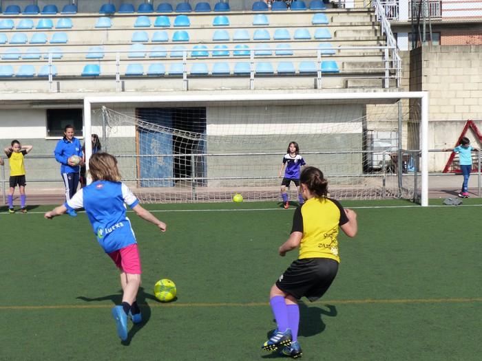 Neskendako Futbol Topaketa gaur eta bihar Aretxabaletan - 13