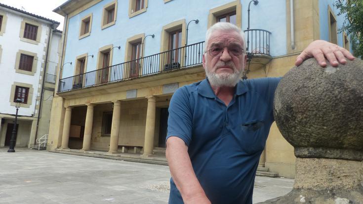 """Manolo Cainzos: """"Luzea eta gatazkatsua izan zen Uberaren eta Angiozarren desaneksioa"""""""
