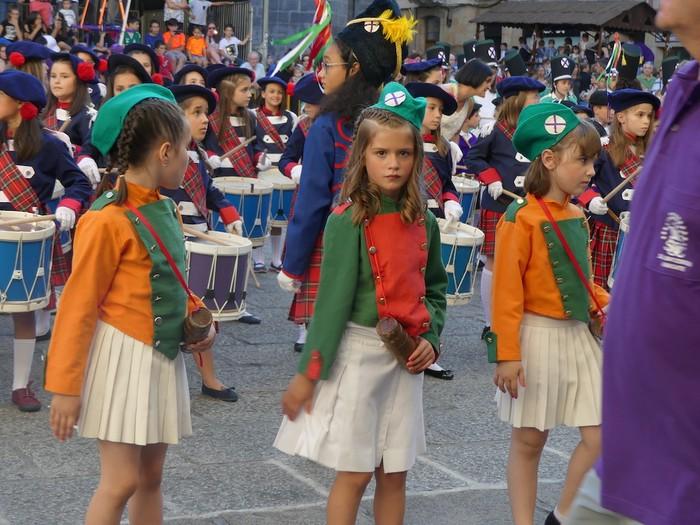 Txikitxoenek San Juan festetan murgildu dute herria - 28