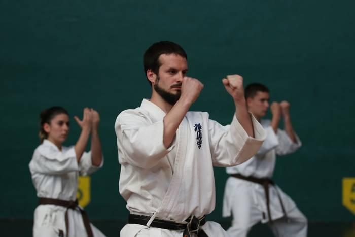 Saioa klubeko karatekek urte amaierako erakustaldia egingo dute bihar