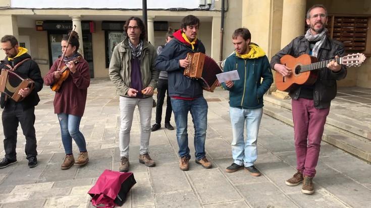 Askotariko gogoetak eta pausuak 'Escamot català' ekimenean