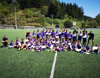 Mondrak gertu du Pazko Astean egingo duen Futbol Campusa