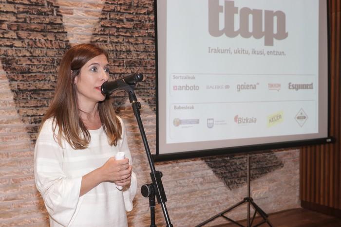 'Ttap' aldizkaria ezagutzeko jende asko elkartu da Donostian - 49