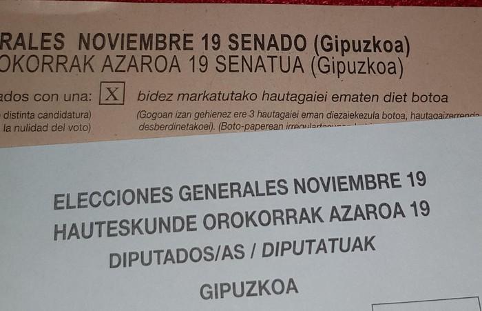 Espainiako hauteskundeetako boto-paperekin gaizki-ulertua