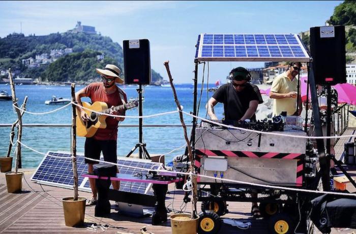 Musika elektronikoa: Solar Sound System