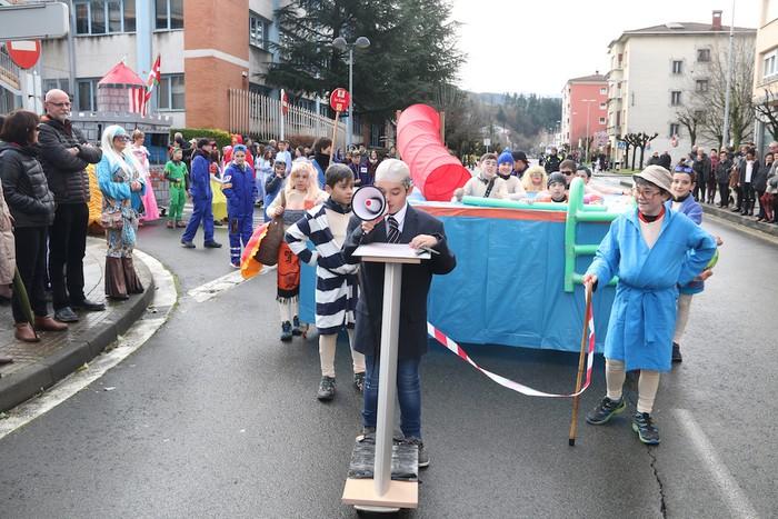 Inauterietako desfilea Aretxabaletan - 33