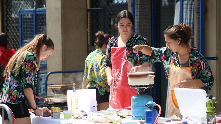 Paella prestatzea, gastronomia lehiaketan