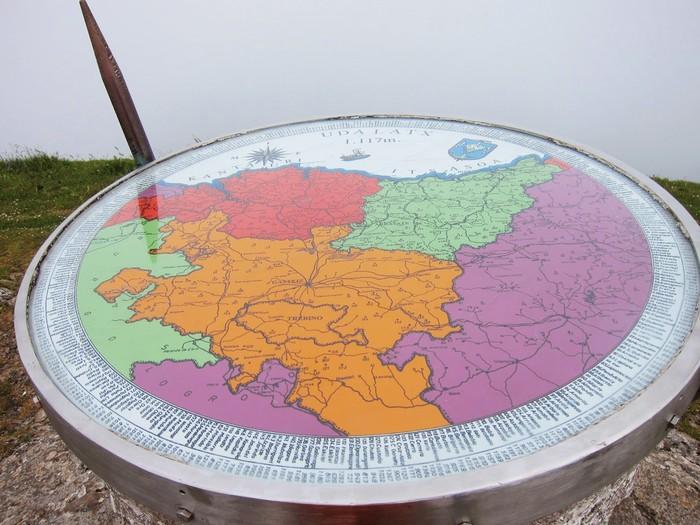 Gaur betetzen dira 50 urte Udalatx tontorreko mapa jarri zela