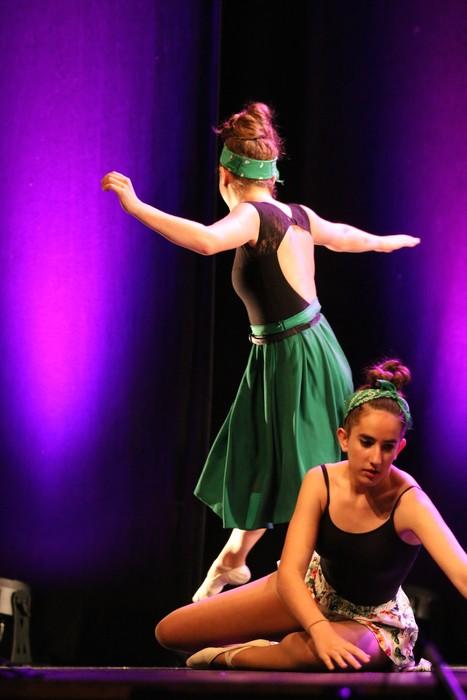 Arrasate Musikalek eta Arrasateko Ballet taldeak ikasturteko ikuskizuna eman zuten atzo - 16