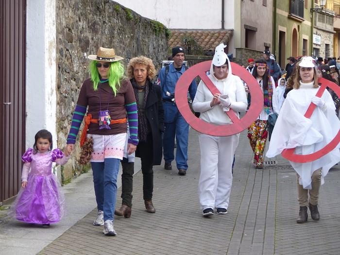 Mozorro desfilea eta lehiaketa Aramaioko Aratusteetan - 8