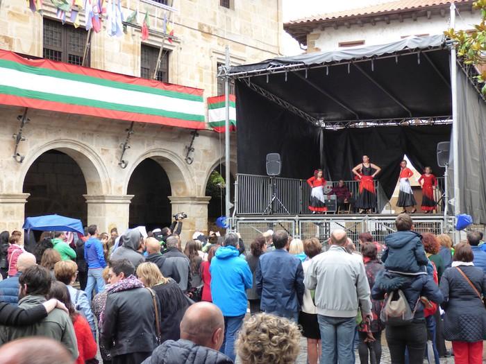 Ikusmina sortu du Maledantza taldeak flamenko erakustaldiarekin - 15