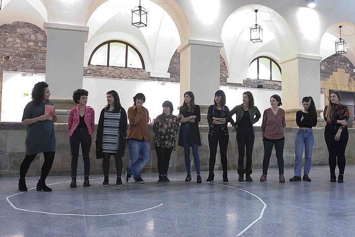 Zabalik dago hamaika emakume artisten erakusketa Kulturaten