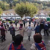Basotxoko kantu eta dantza taldeen emanaldiak