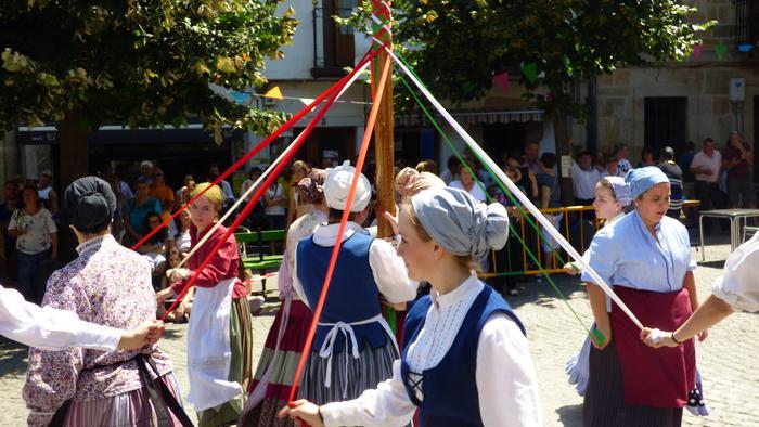 Euskal dantza ikastaroa, helduen taldea sortzeko