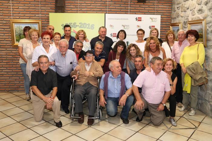 Grupo Amuebladora Mondragonesak 60 urte bete ditu