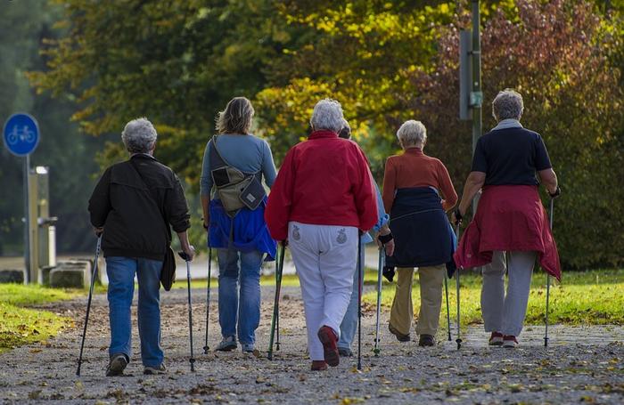 Nordic walking ikastaroa egingo dute asteburuan kiroldegian